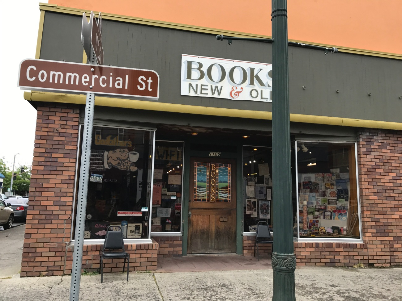 Godfather's Books in Astoria, OR (WildmooBooks.com)