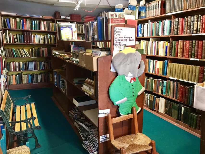 Whitlock's Book Barn, January 2018 (WildmooBooks.com)